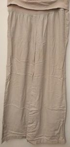 Old Navy khaki pants - size S